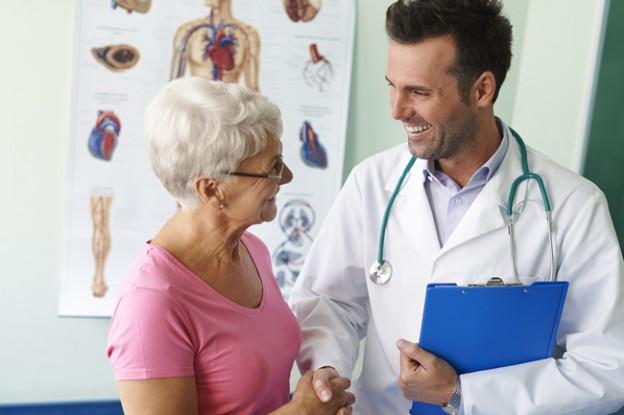 Diabetespatientin beim Arzt