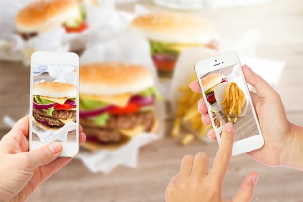 Smartphone-App berechnet Kohlenhydrate